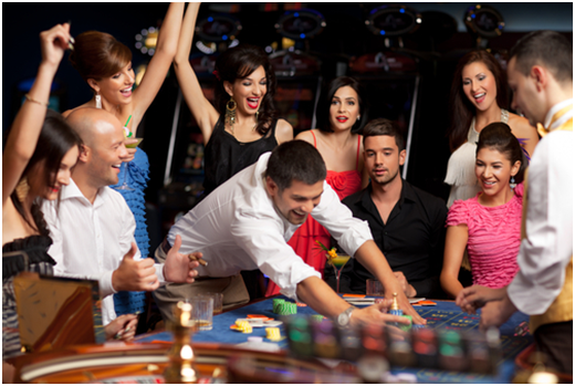 Group of winning roulette players
